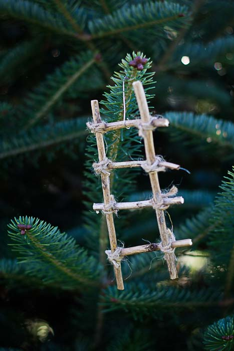 Jesse Tree Ornament of Jacob's Ladder
