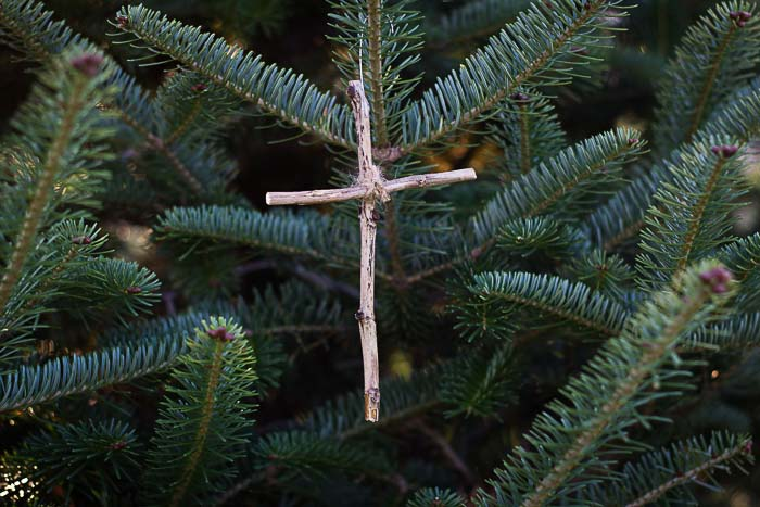 Jesse Tree Ornament of cross